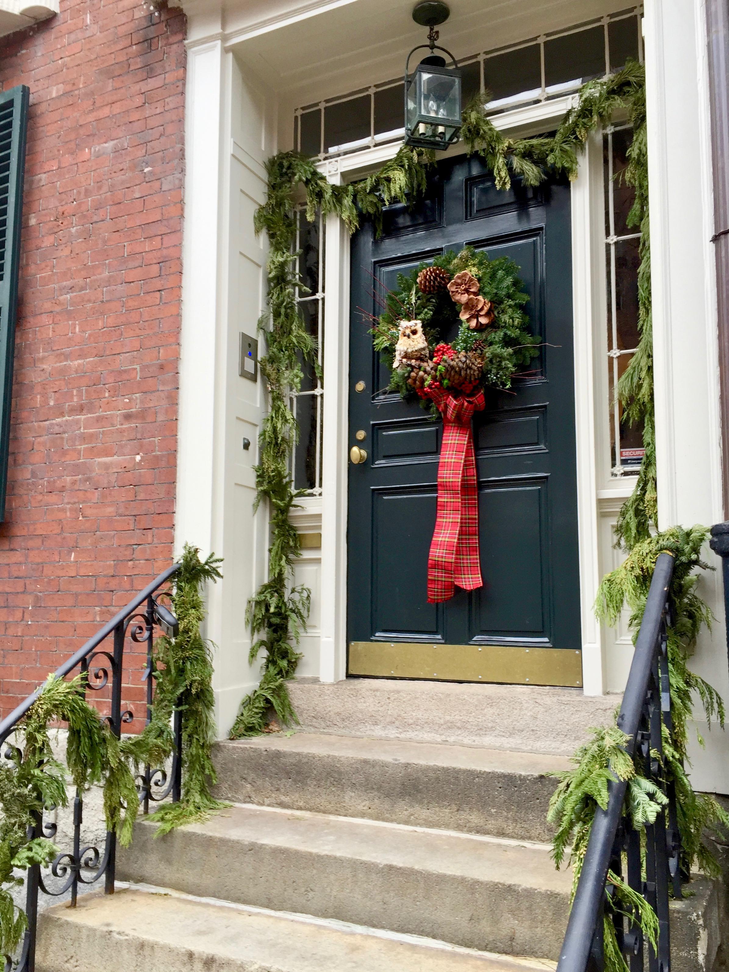 Living in New England Christmas Door Beacon Hill.jpg