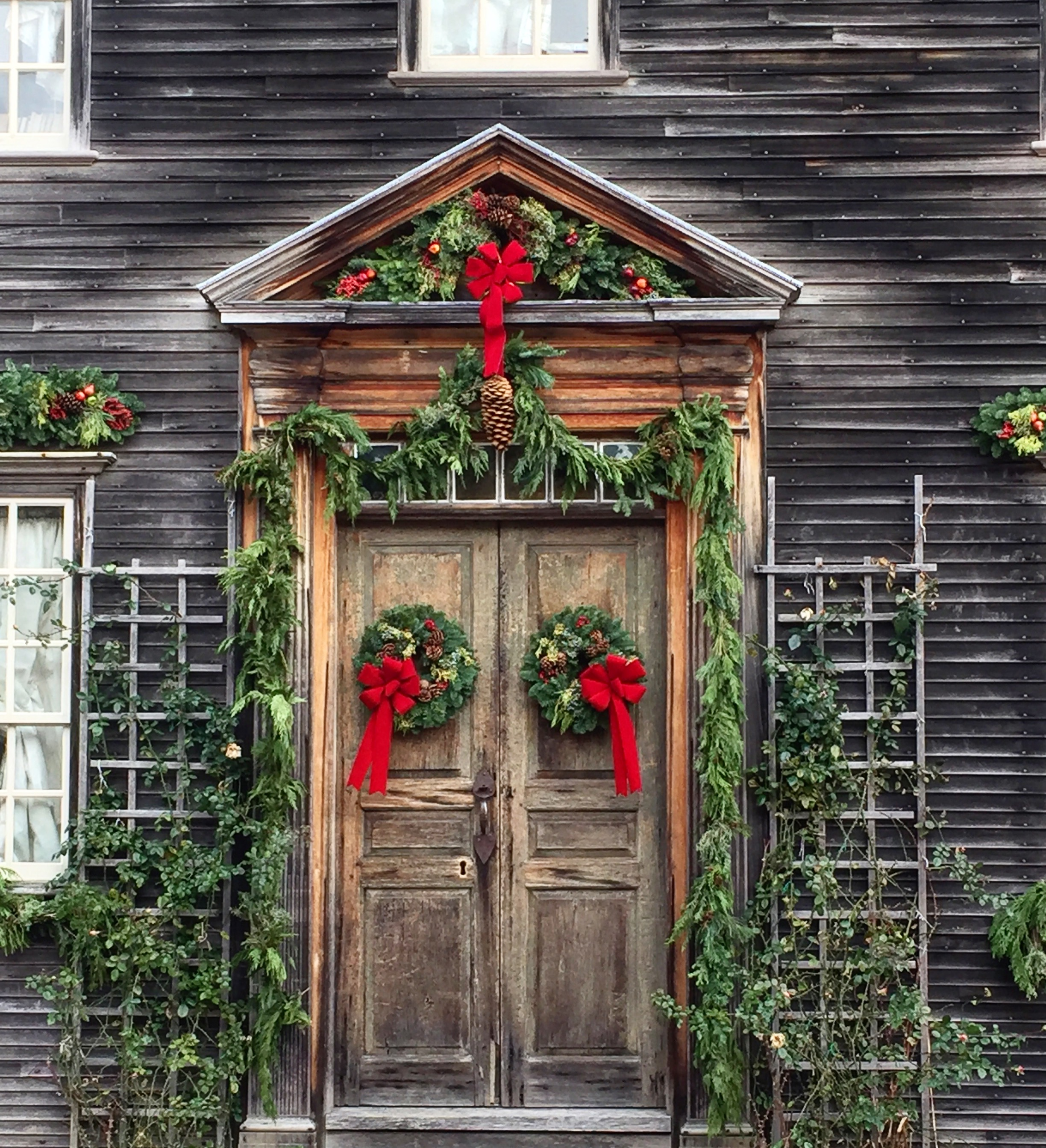 Christmas Wreath ideas from New England - portsmouth nh 14.jpg