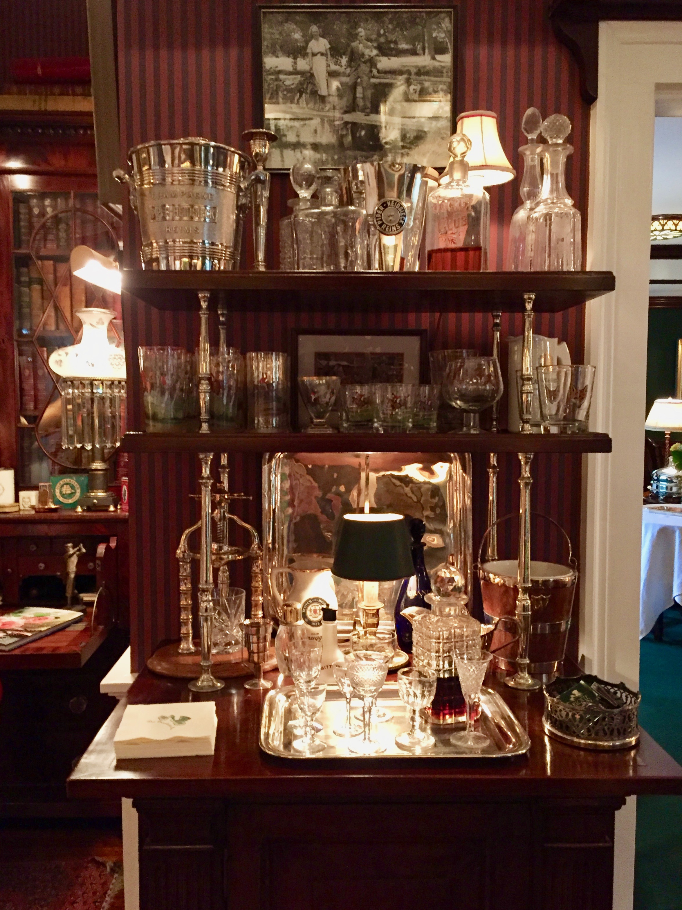 Glassware Collection The Charlotte Inn New England Fine Living visit