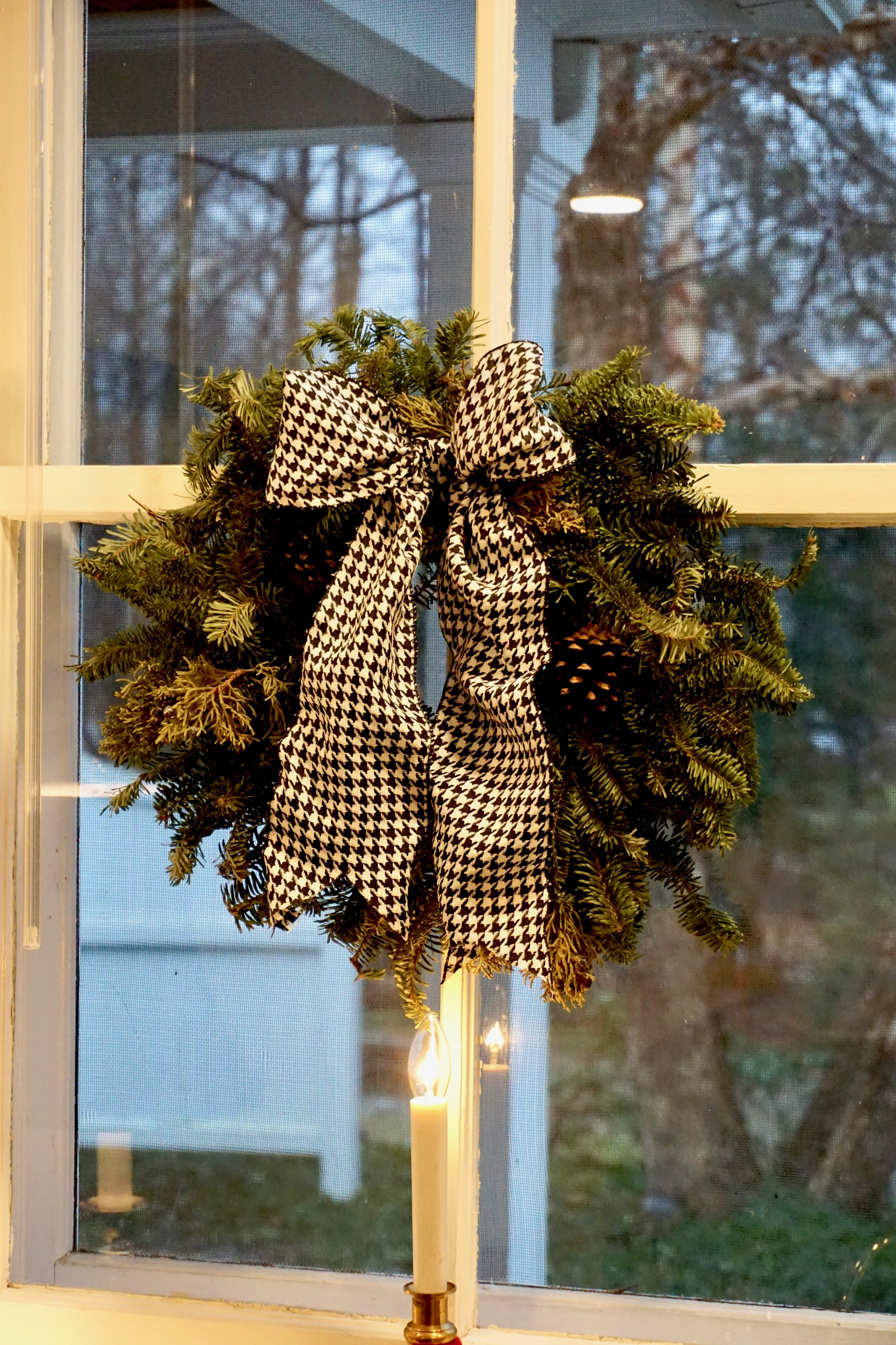 Christmas wreath with houndstooth bow