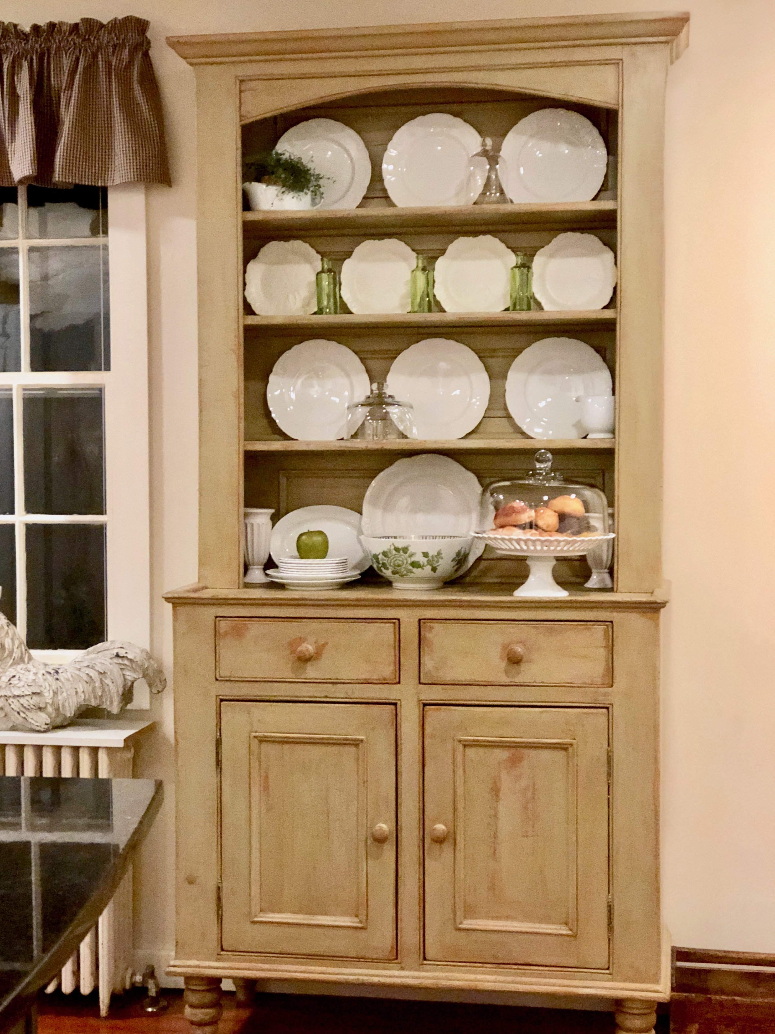 adding green to a kitchen hutch