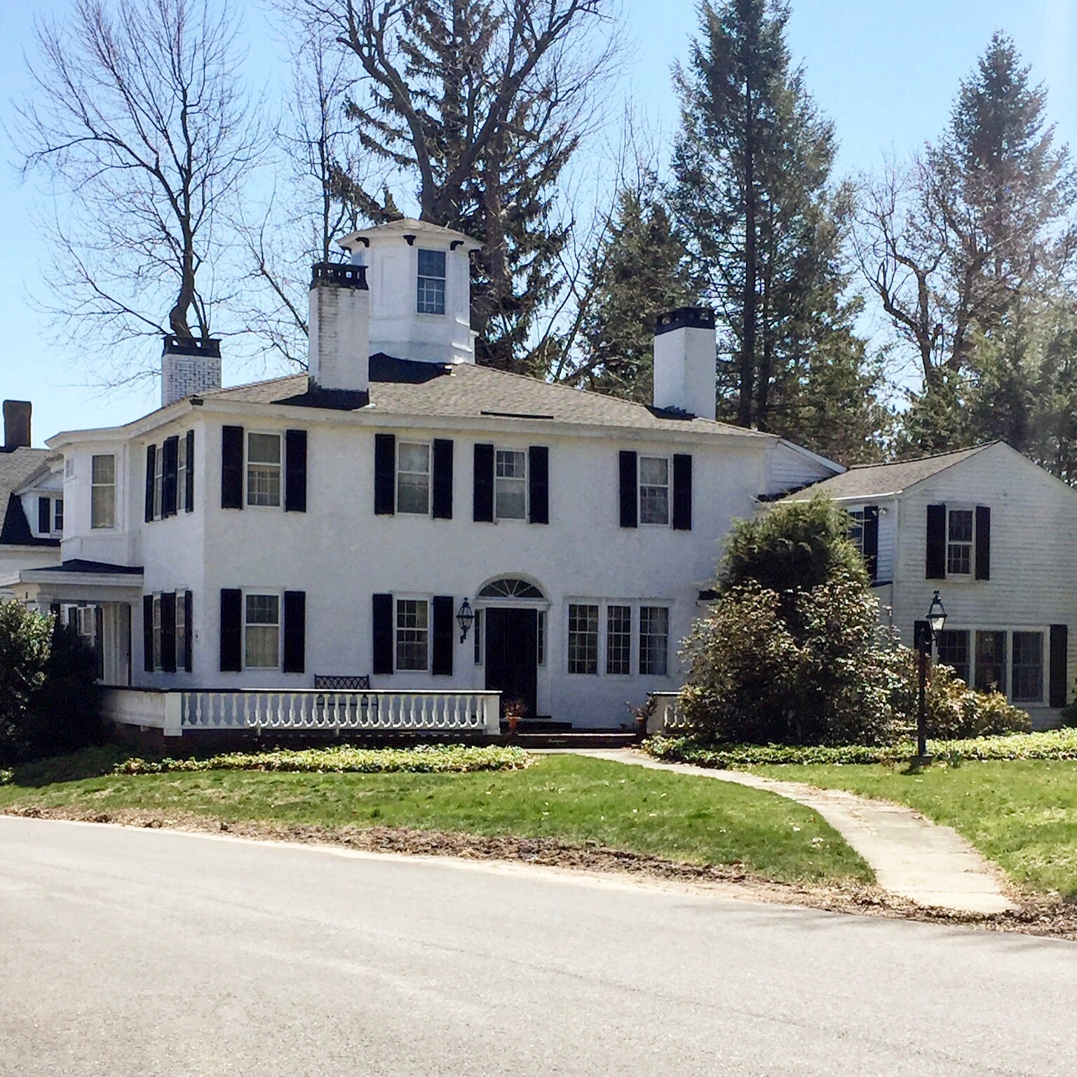 white home black trim white chimney painted black top harvard ma historic antique home New England USA.jpg