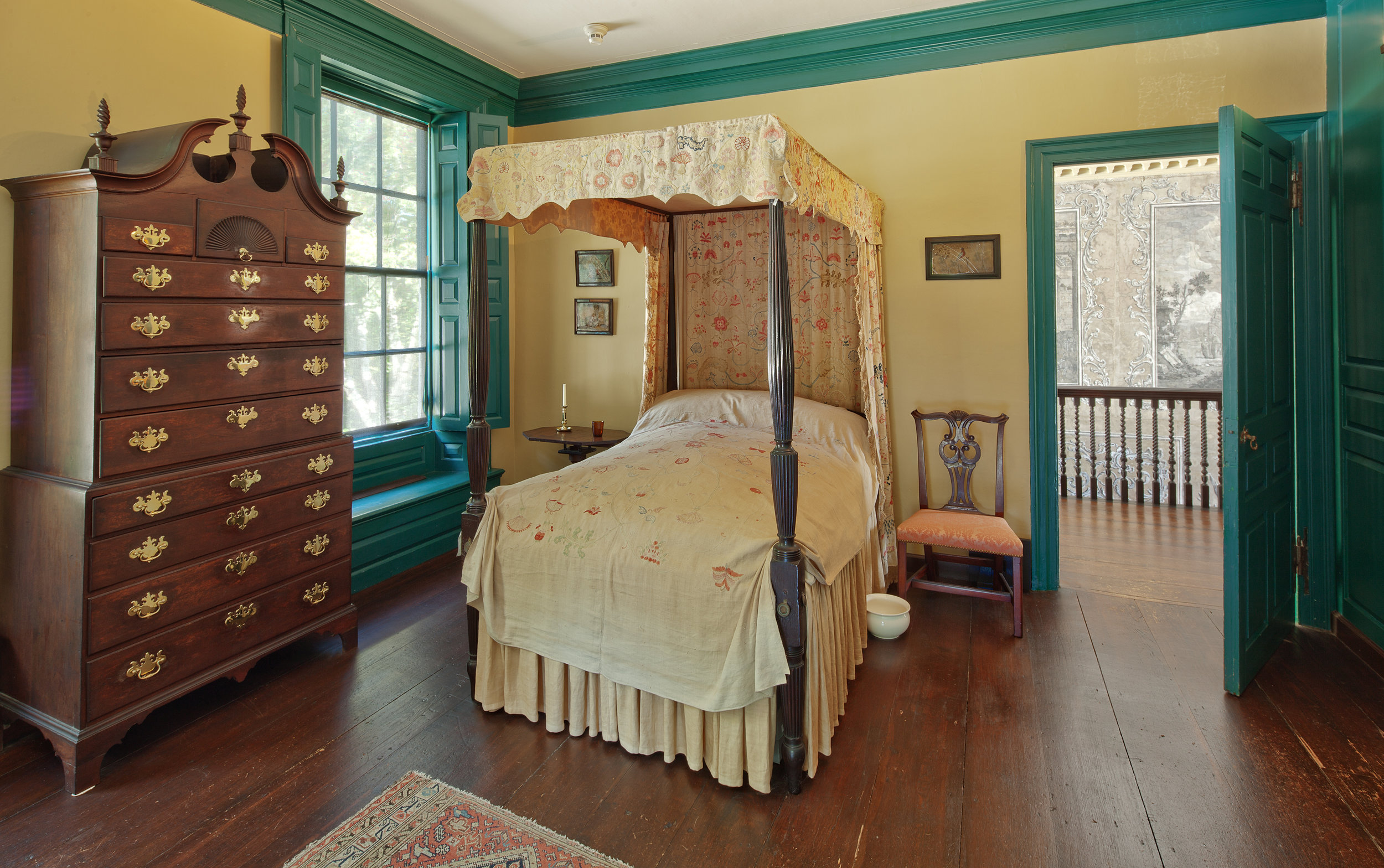 Bedroom Jeremiah Lee Mansion Marblehead MA New England style interior