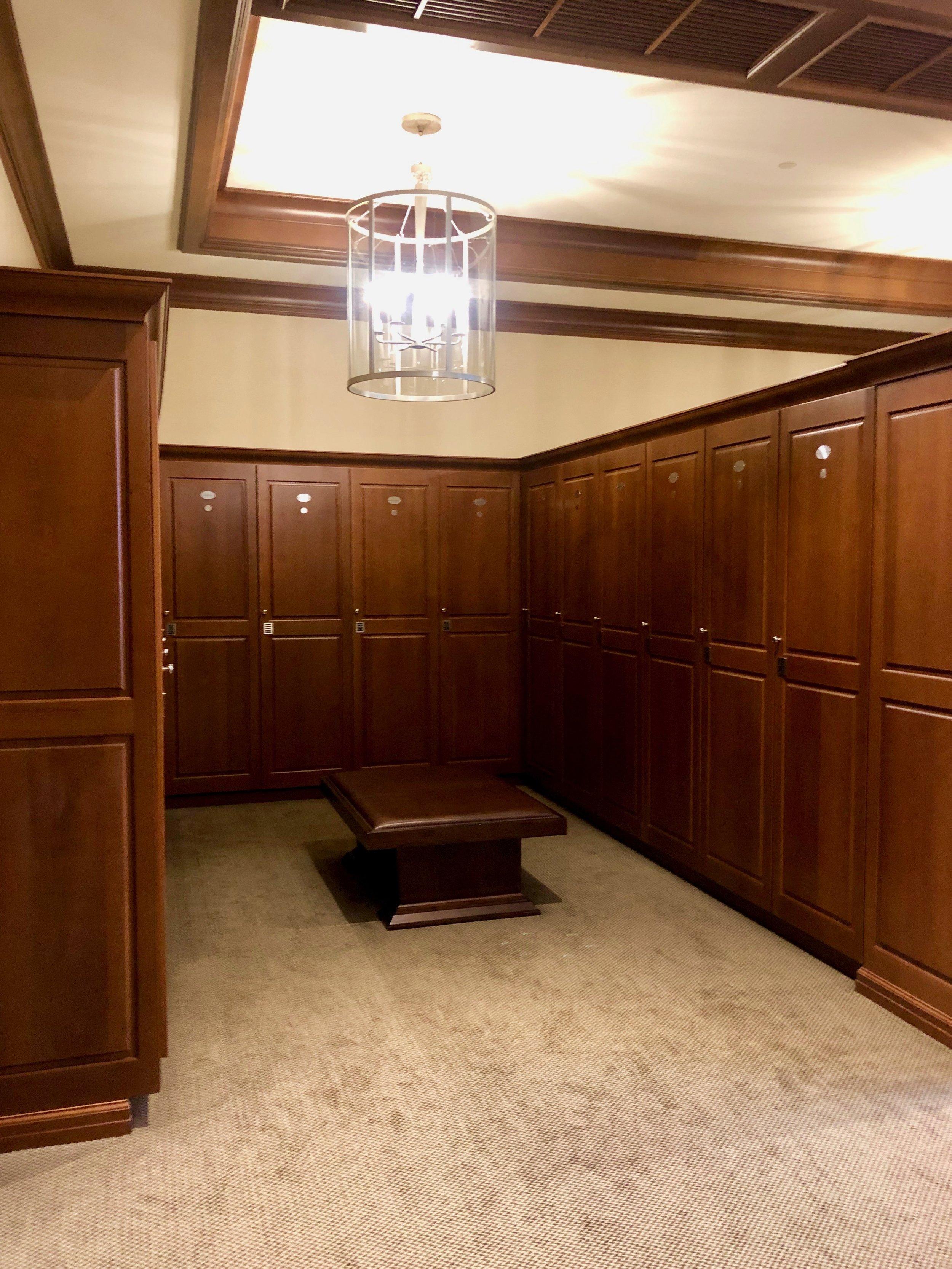 Men's Locker Room 3.jpg
