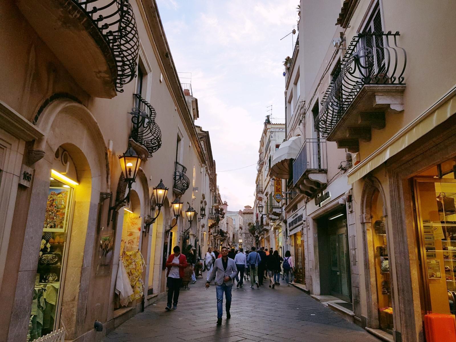 The popular Corso Umberto