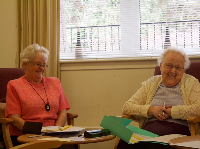 Spanish class in care home