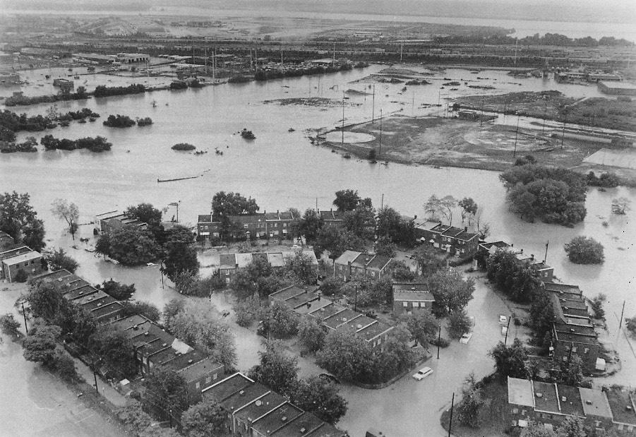 Flooding before 1977, photo from Northern Virginia Regional Commission.