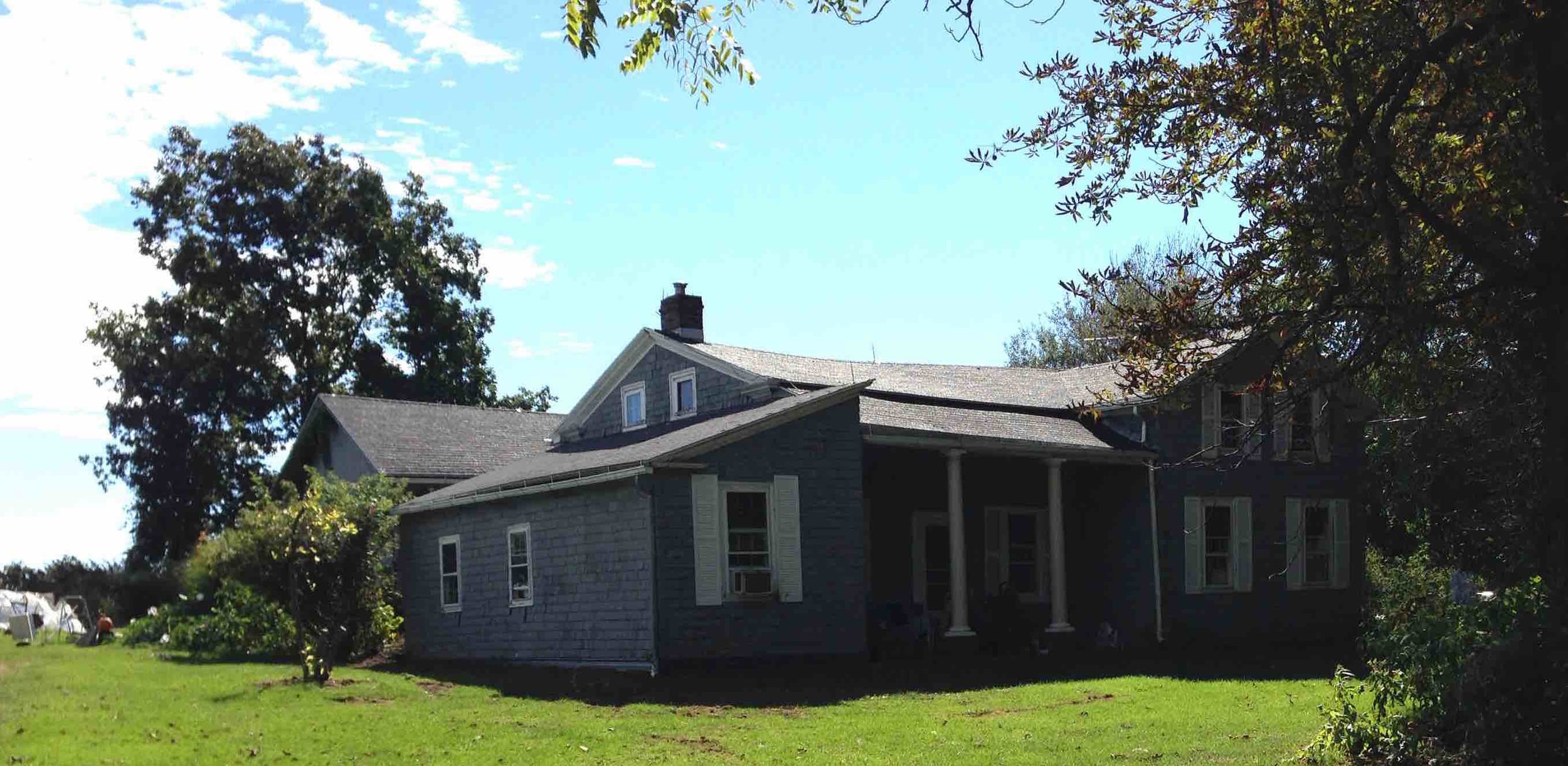 The Wilbur Farmhouse in Rush, NY, on a far nicer day than the day that Freda left.