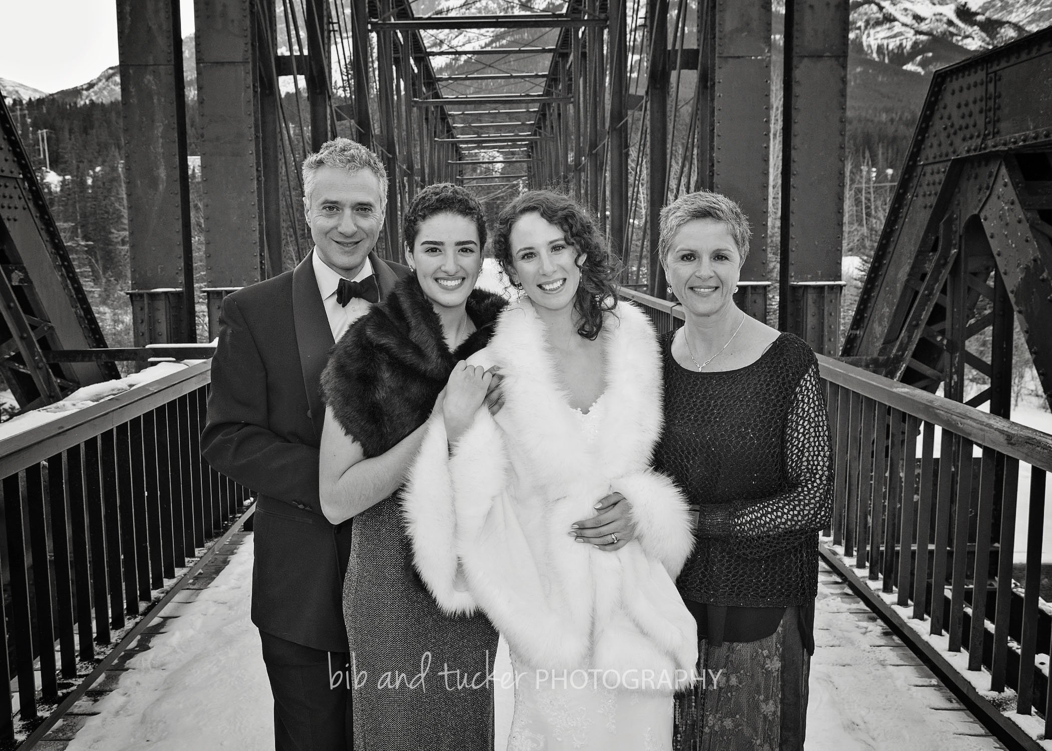©BibandTuckerPhotographyFAMILY_20.jpg