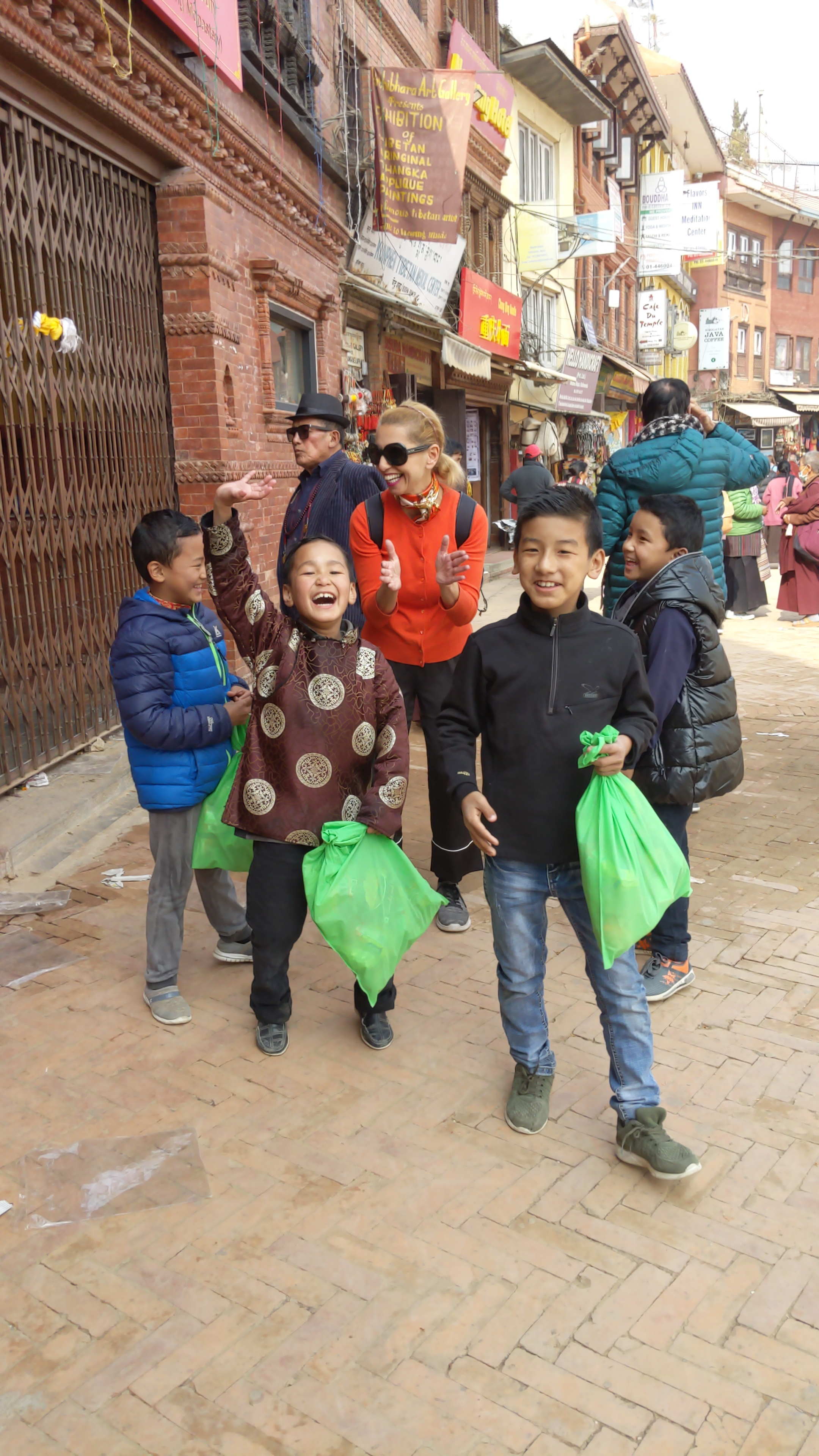 Some more young friends who taught me a few words in Nepalese