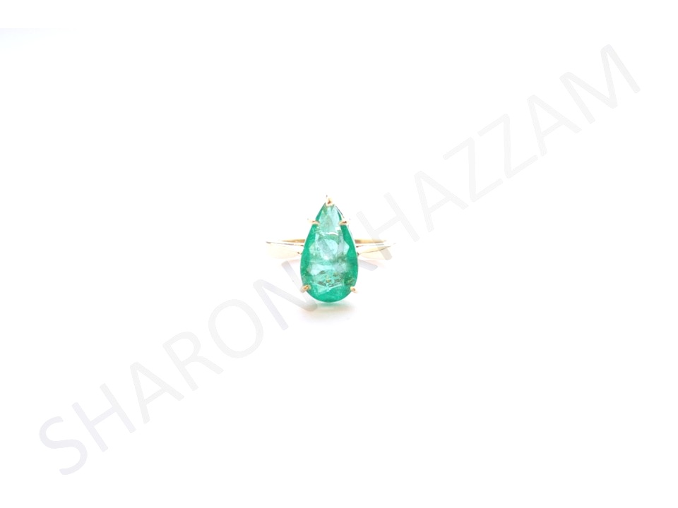 emerald pito ring .jpg