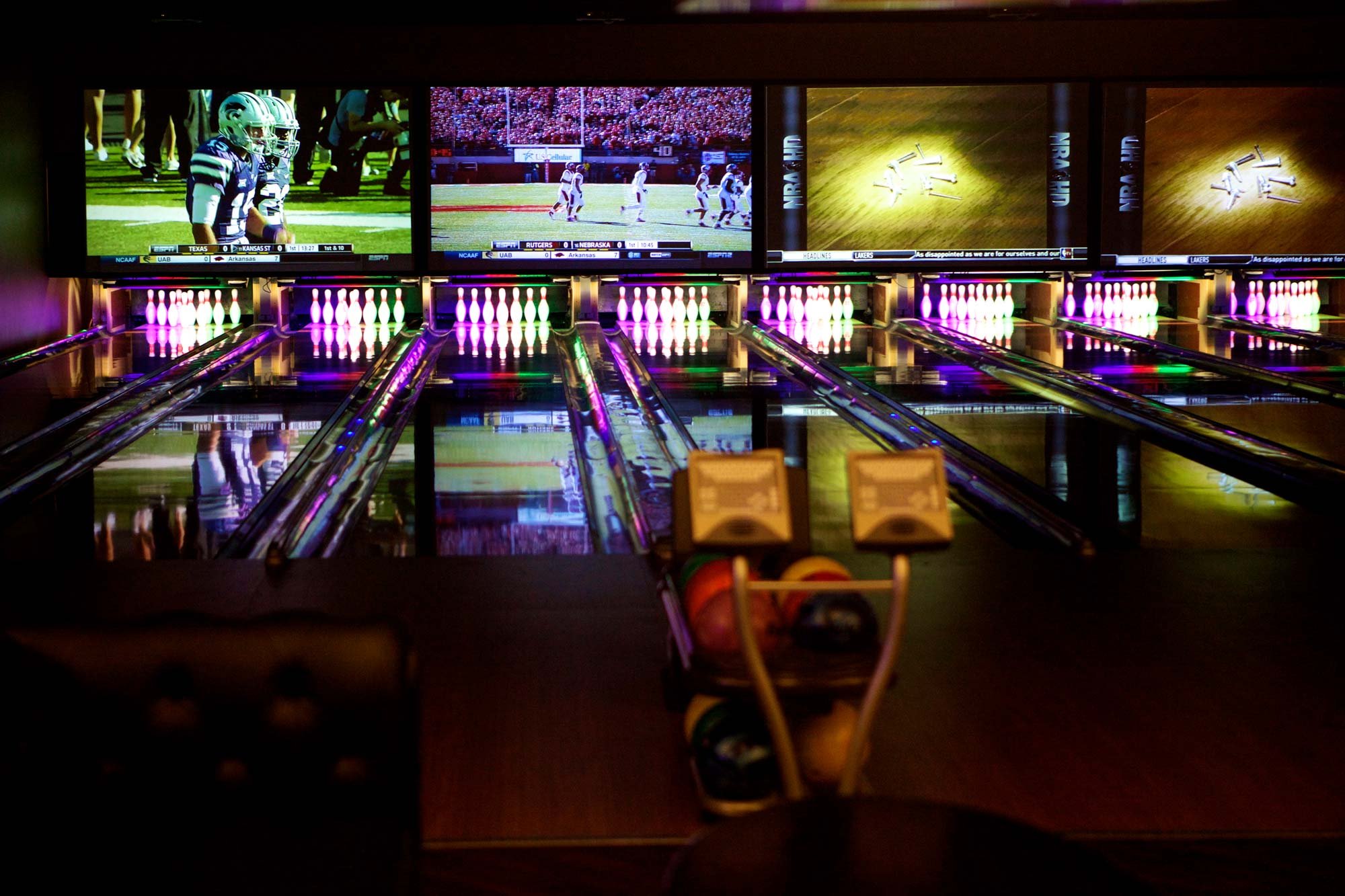 Bar and Bowling
