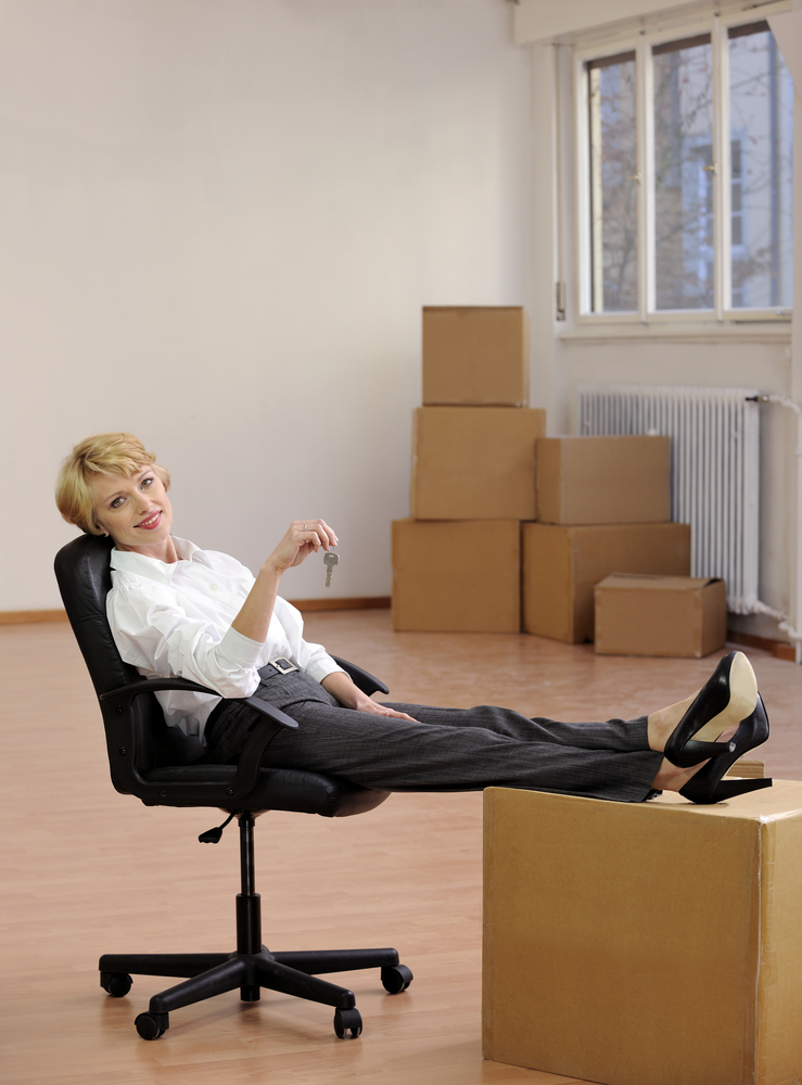 businesswoman preparing for a small office move