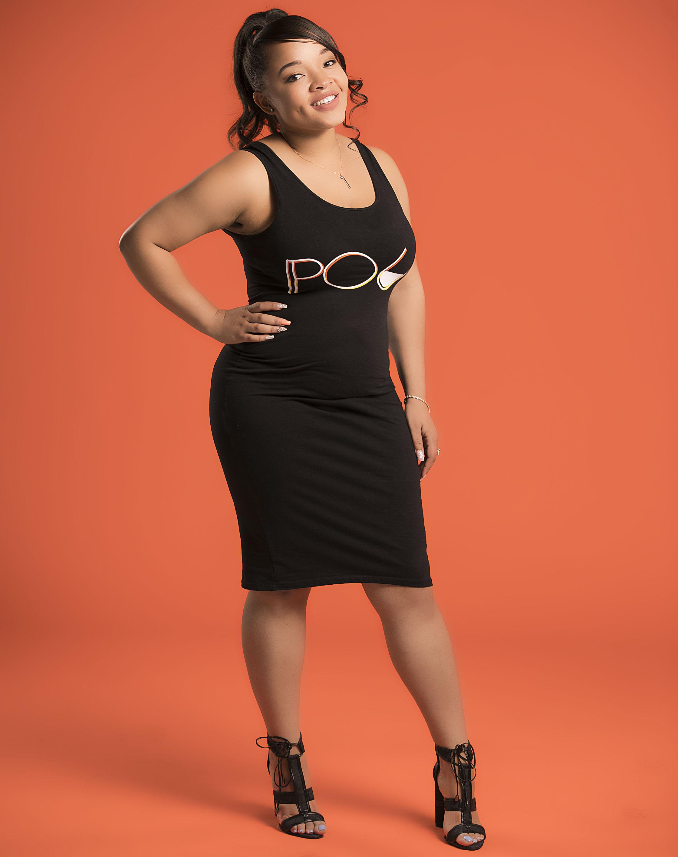 Taylor 2 .black dress (1).jpg