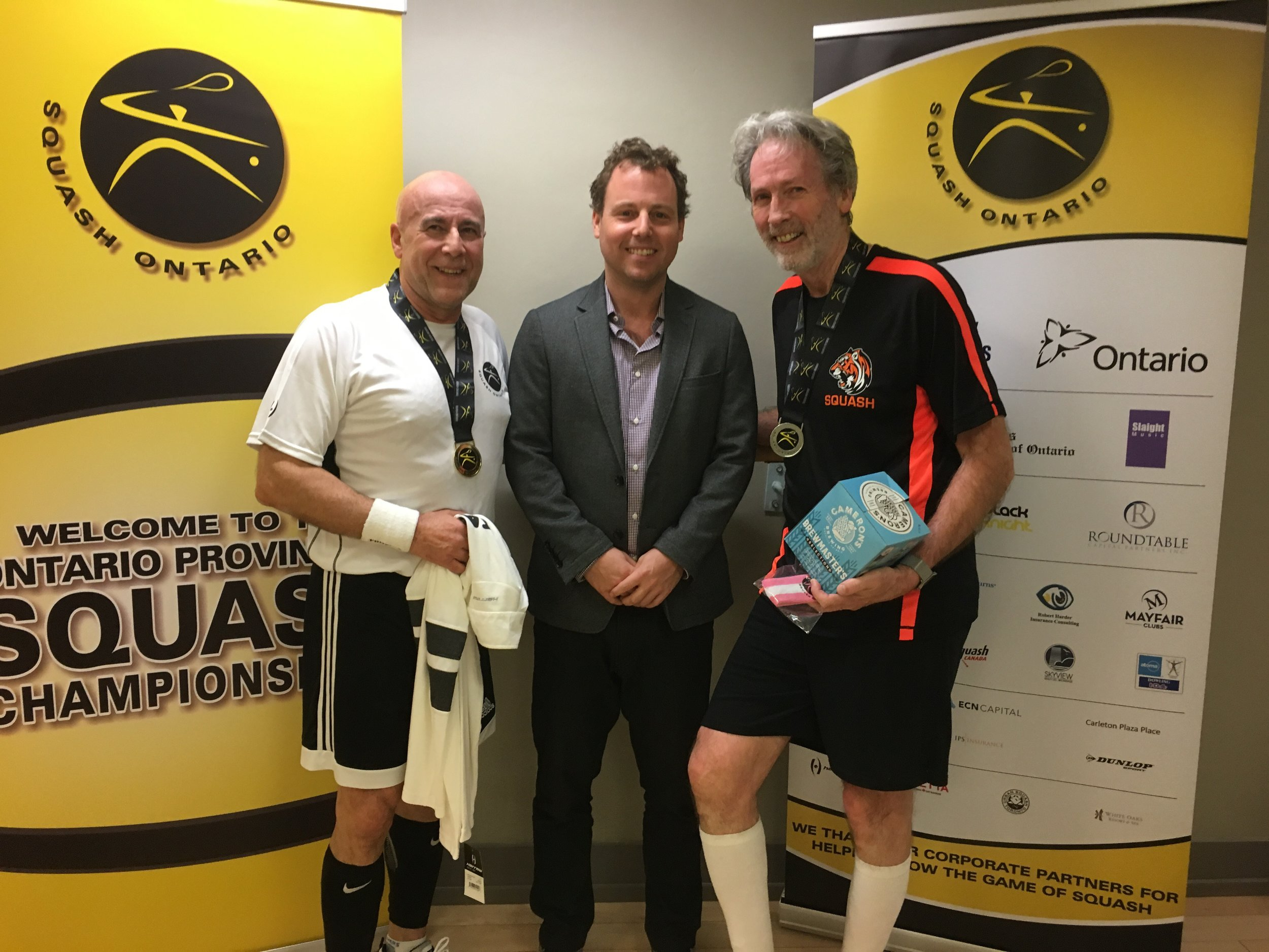 L-R: Mario Raponi, Squash Ontario's Jamie Nicholls, David Forgeron