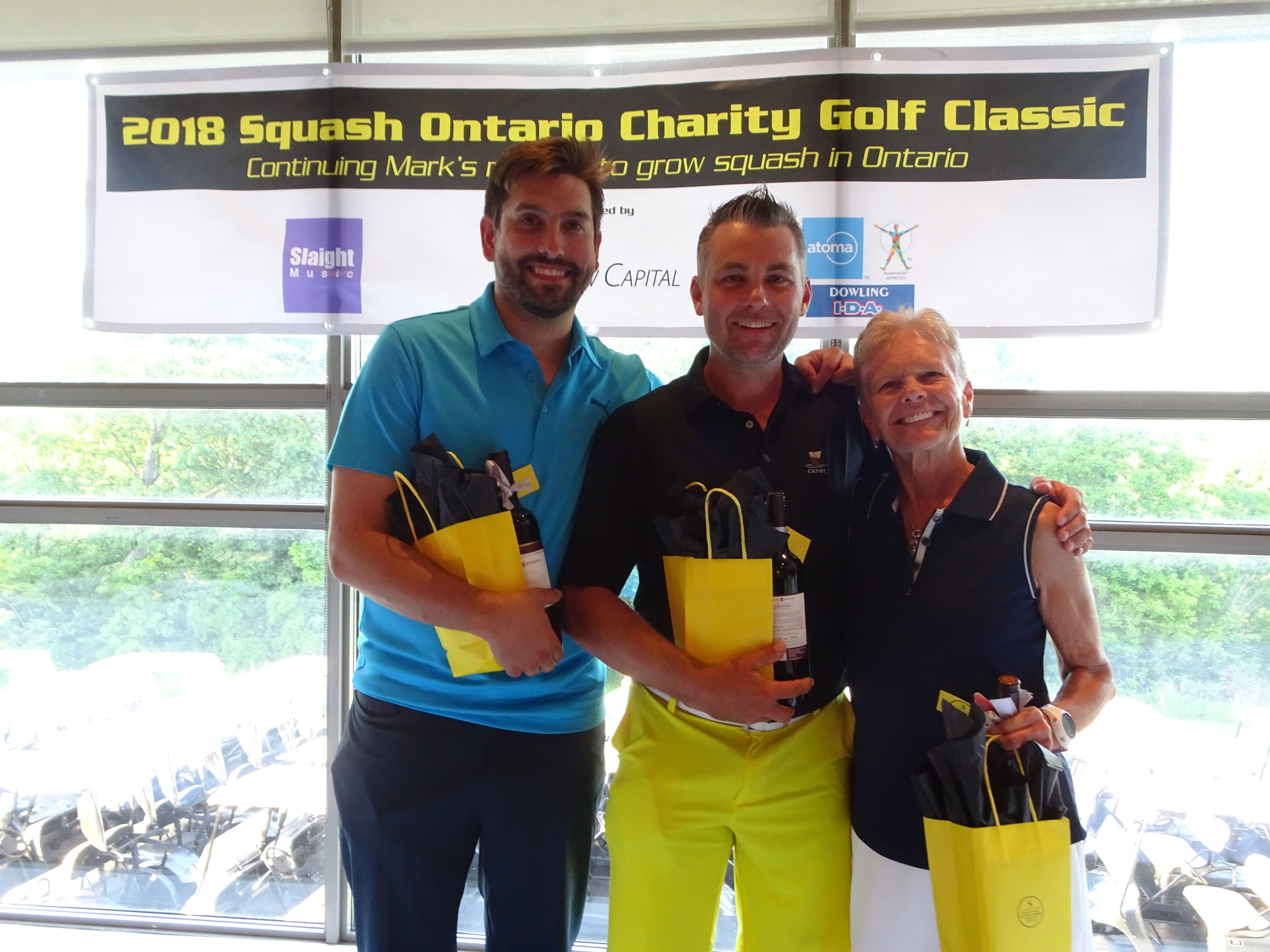 The Mixed Division Champions: Gus Anastanakinis, Craig Schiele, Joan Hill, Keith Williams (not pictured).