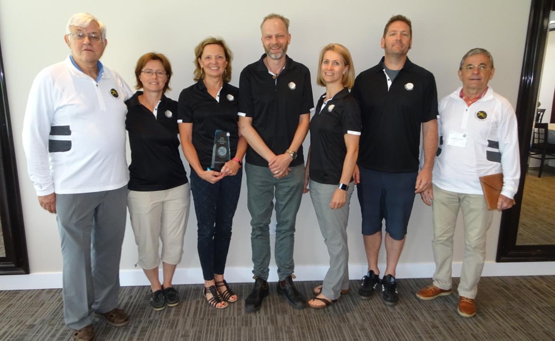 Squash Ontario Board: (from left to right) Bob Mansbridge (President), Stephanie Bazin, Kathy Cowper (outgoing board member), Bruce Marrison (outgoing president), Nicole Garon, Dan Van Moorsel, Gordon Campbell.
