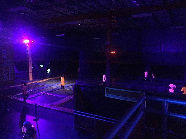 Thank you @skyzone for the nation wide opportunity to help out your franchise owners with our black light installs! Here's a picture from last night at @skyzonelevittown's Glow Nights! #blacklights #idratherbeatskyzone #familyfun #glowzone #skyzone