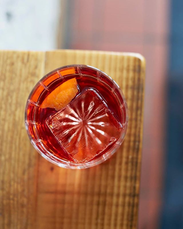 🍸 Mondays are tough. Ease into the week with one of our new cocktails! Pictured here is The Negroni: Campari, Cocchi Vermouth di Torino, and Beefeater Gin.