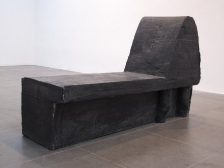 Esther Kläs,  Untitled (black knees) , 2010