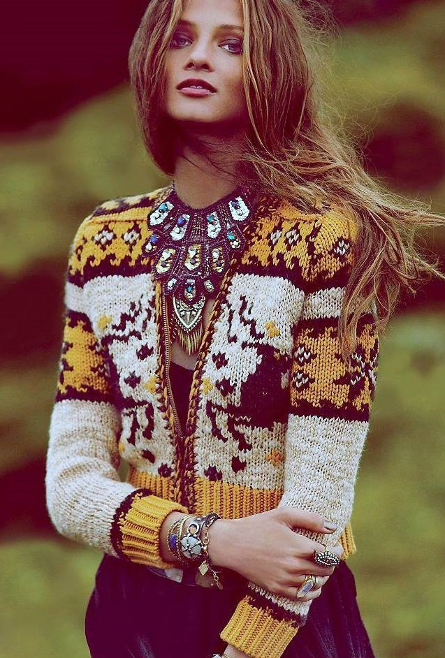 jewelry-boho-style-type-yellow-statement-necklace.jpg