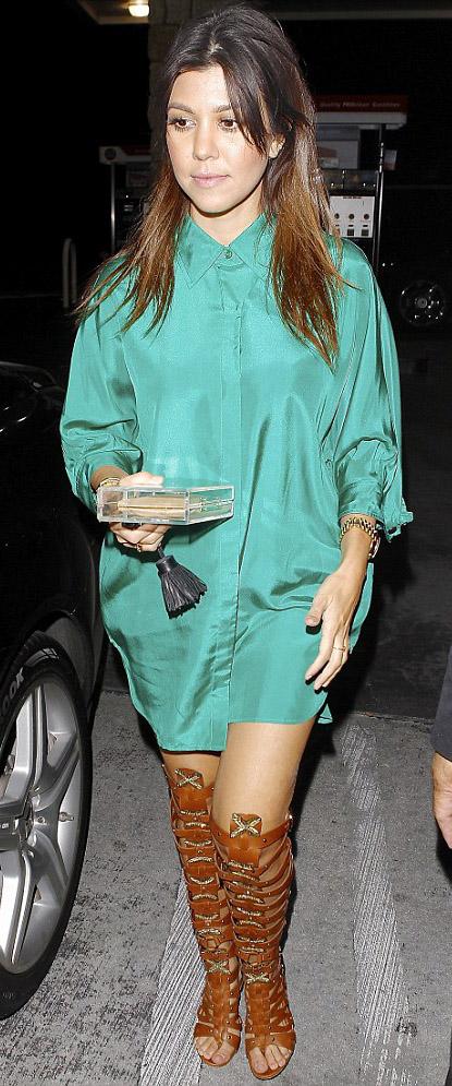 comfort-trendsetter-style-type-fashion-kourtneykardashian-green-dress-shirt-gladiator-sandals-heels.jpg