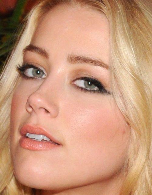makeup-blonde-bombshell-sexy-style-type-amberheard-eyeliner-wing-peach-hair.jpg