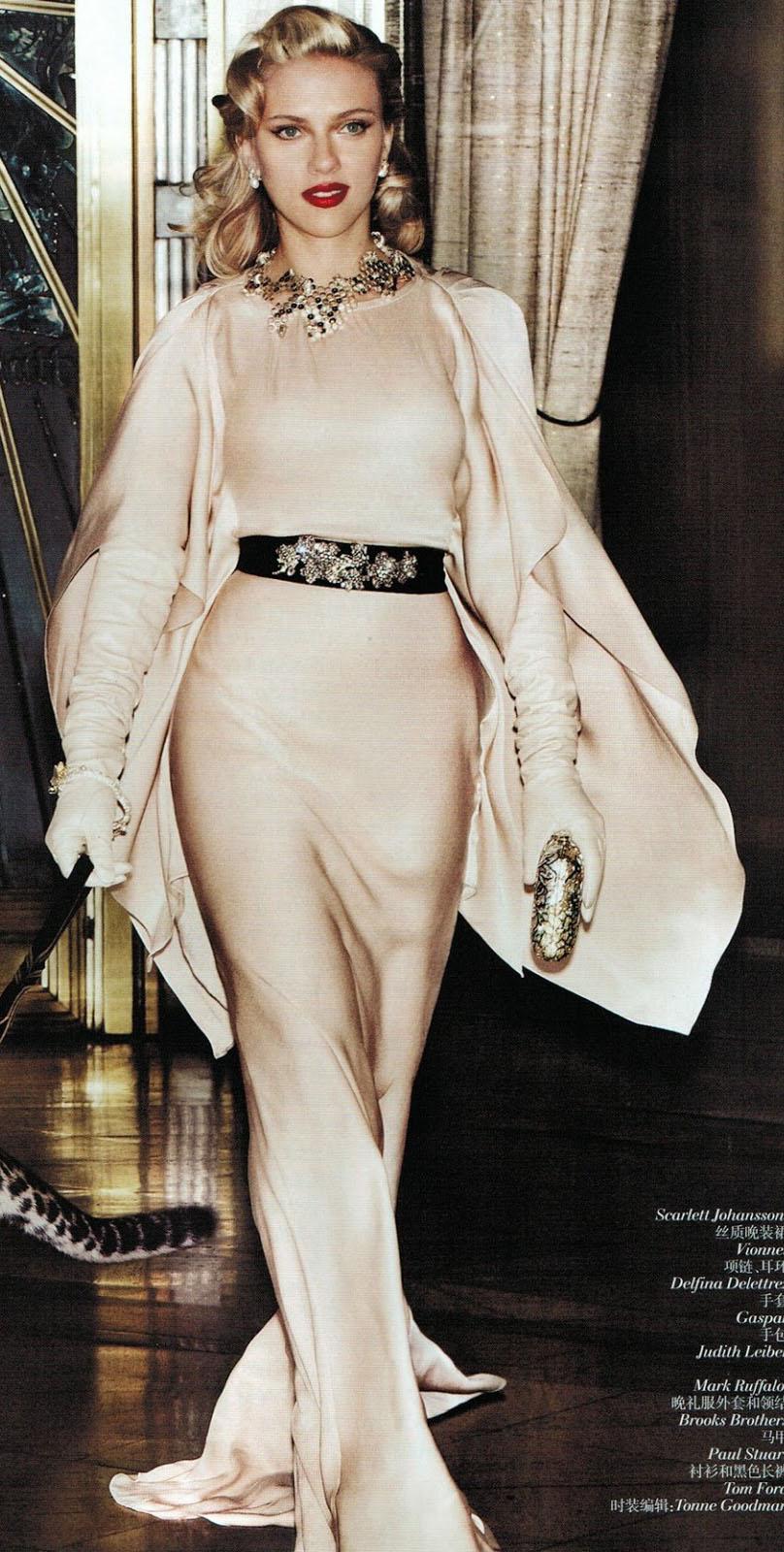 celebrity-scarlettjohansson-bombshell-sexy-style-type-ivory-white-silk-dress-belt-sash-gloves-necklace-blonde-gown.jpg