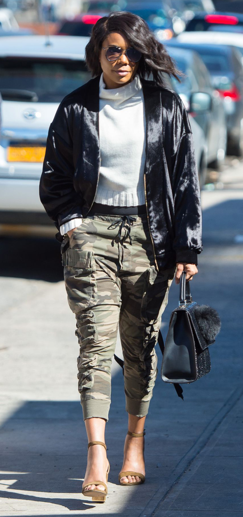 key-natural-sporty-style-type-gabrielleunion-cargo-army-camo-joggers-harem-sweater-black-jacket-sandals-street.jpg