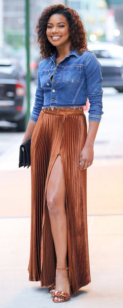 celebrity-natural-sporty-style-type-gabrielleunion-camel-maxi-skirt-brown-chambray-shirt-button-down-tucked-into-pleated-slit.jpg
