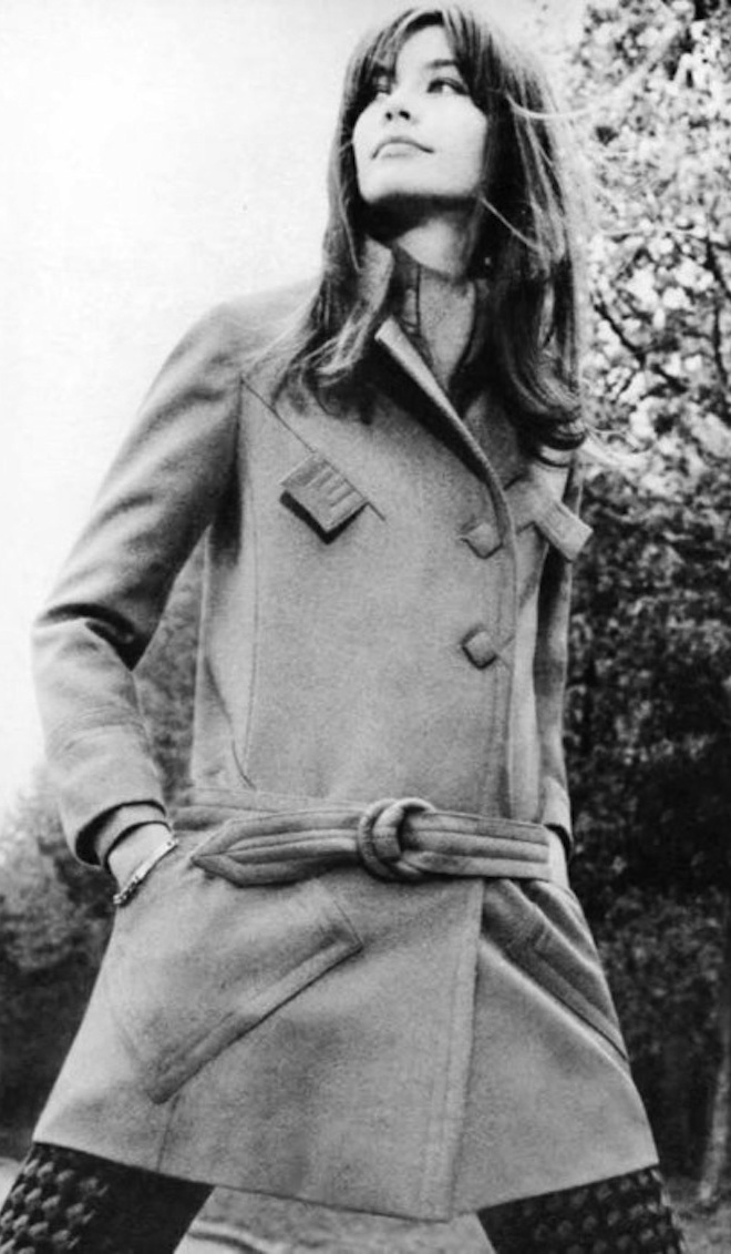 detail-classic-style-type-francoisehardy-coat-french-chic.jpg