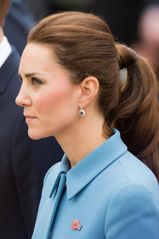 hair-classic-style-type-katemiddleton-ponytail-wrapped-earrings.jpg