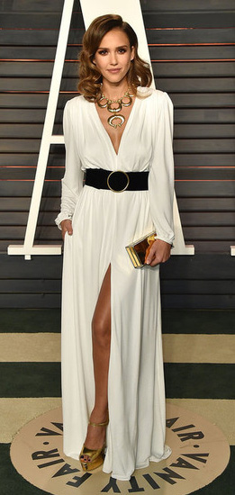elegant-natural-sporty-style-type-jessicaalba-white-dress-slit-maxi-wide-belt-necklace-goddess-wavy-hair.jpg