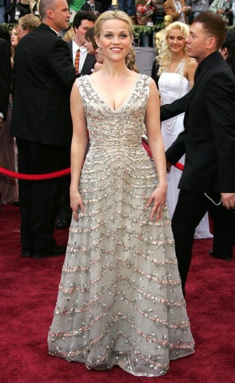 white-dress-gown-embellished-reesewitherspoon-howtowear-style-spring-summer-blonde-elegant.jpg
