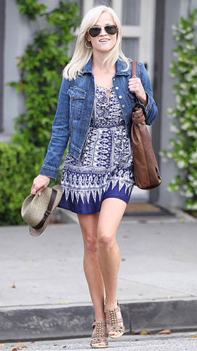blue-navy-dress-zprint-graphic-tank-blue-print-jeanjacket-reesewitherspoon-celebrity-wear-style-fashion-spring-summer-blonde-hat-lunch.jpg