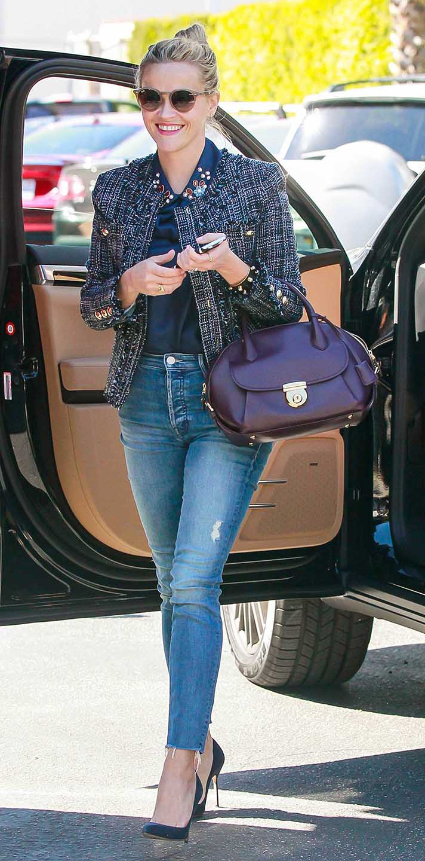 blue-med-skinny-jeans-blue-navy-top-blouse-blue-navy-jacket-tweed-bun-sun-blue-shoe-pumps-reesewitherspoon-howtowear-style-fall-winter-blonde-work.jpg