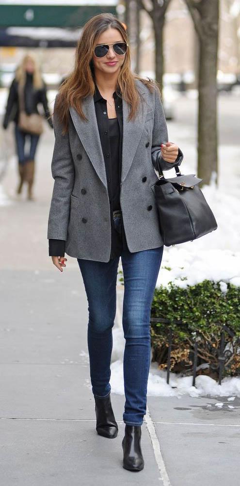 blue-navy-skinny-jeans-black-top-blouse-grayl-jacket-blazer-doublebreasted-black-shoe-booties-black-bag-sun-mirandakerr-fall-winter-work-hairr.jpg