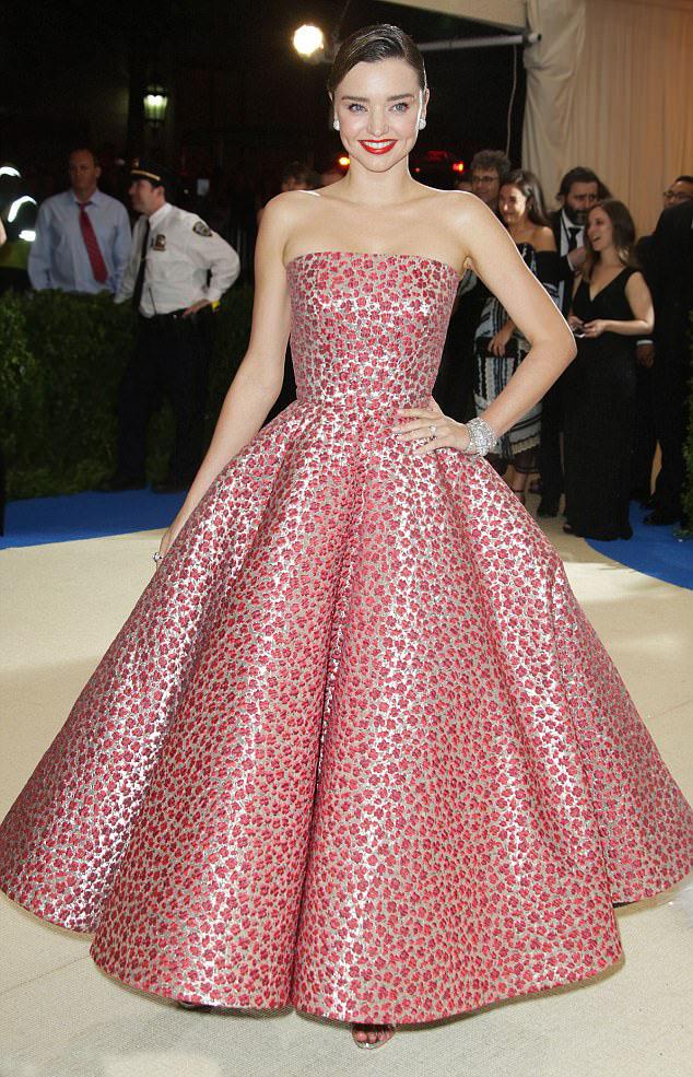 pink-magenta-dress-gown-mirandakerr-spring-summer-elegant.jpg