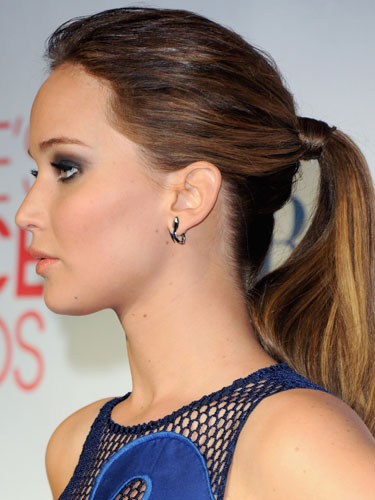 hair-jenniferlawrence-hairr-ponytail-studs.jpg
