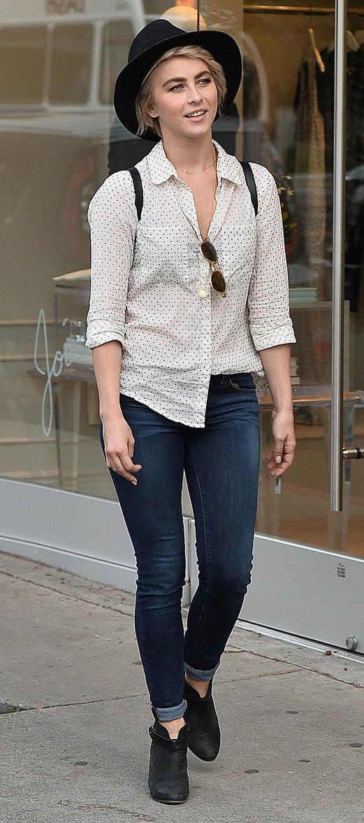 blue-navy-skinny-jeans-white-top-collared-shirt-hat-black-shoe-booties-juliannehough-blonde-fall-winter-weekend.jpg