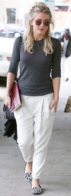 white-joggers-pants-grayd-sweater-white-shoe-flats-sun-juliannehough-blonde-fall-winter-weekend.jpg