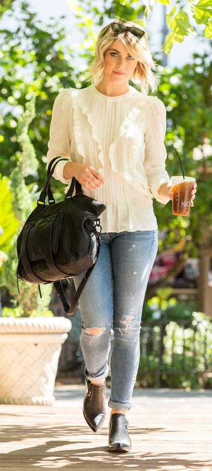 blue-light-skinny-jeans-white-top-peasant-black-shoe-booties-black-bag-juliannehough-blonde-fall-winter-lunch.jpg