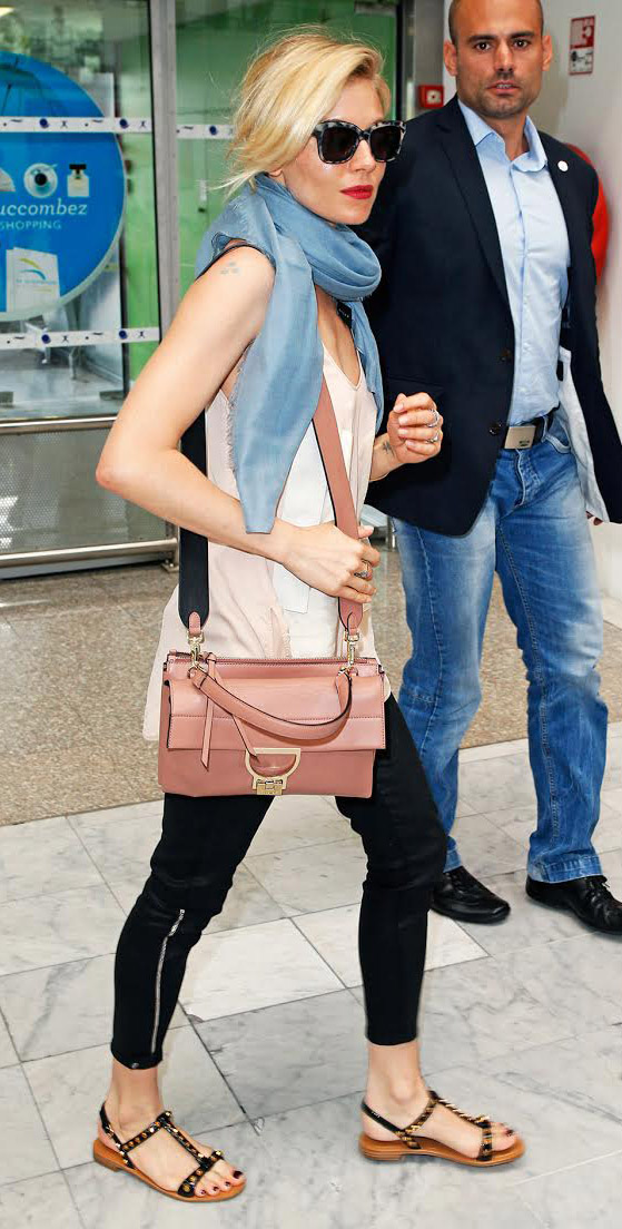black-skinny-jeans-pink-light-top-cami-blue-med-scarf-pink-bag-sun-black-shoe-sandals-siennamiller-spring-summer-blonde-weekend.jpg
