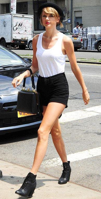 black-shorts-white-top-tank-black-bag-black-shoe-booties-hat-taylorswift-spring-summer-blonde-weekend.jpg