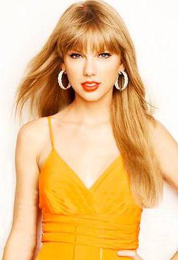 hair-taylorswift-blonde-makeup-hoops-bangs-long.jpg