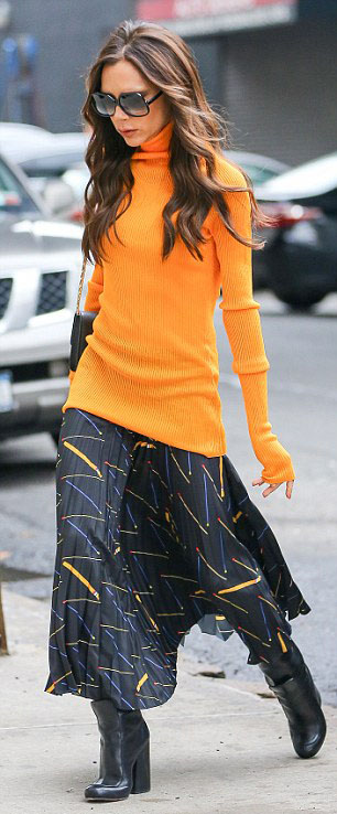 black-midi-skirt-print-orange-sweater-turtleneck-black-bag-black-shoe-booties-victoriabeckham-brun-fall-winter-lunch.jpg