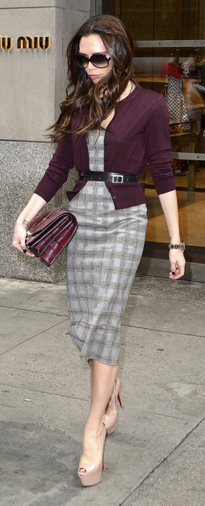 grayl-dress-shift-belt-purple-royal-cardigan-burgundy-bag-tan-shoe-pumps-victoriabeckham-brun-fall-winter-work.jpg