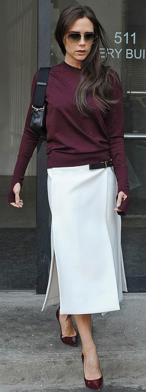 white-midi-skirt-burgundy-sweater-black-bag-burgundy-shoe-pumps-sun-victoriabeckham-brun-fall-winter-work.jpg
