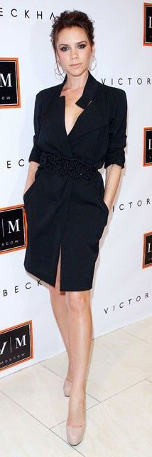 black-dress-wrap-belt-hoops-tan-shoe-pumps-victoriabeckham-brun-spring-summer-dinner.jpg