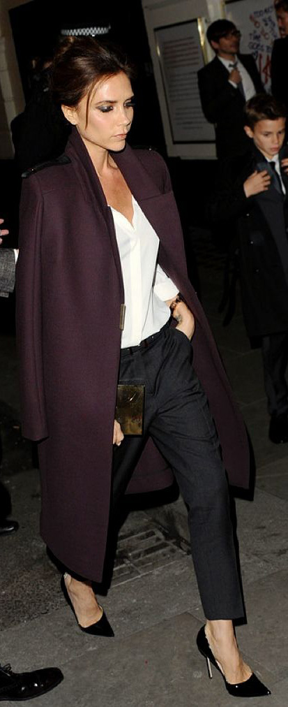 black-slim-pants-white-top-blouse-purple-royal-jacket-coat-black-shoe-pumps-victoriabeckham-brun-fall-winter-dinner.jpg